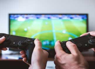 playstation stops fb advertising